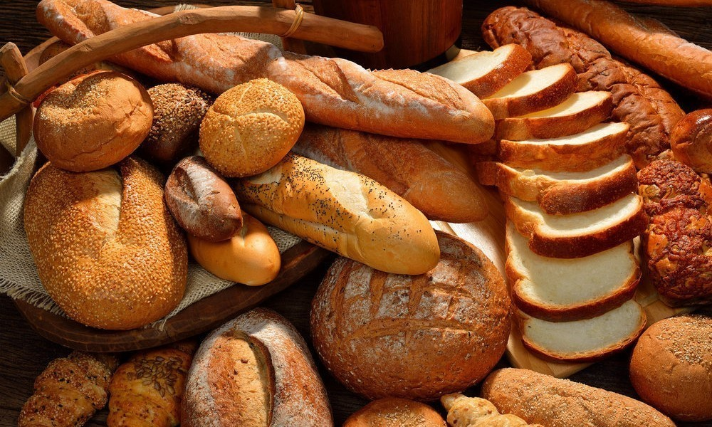 Learn about the interesting history of bread foodtribute - Different types of cuisines in the world ...